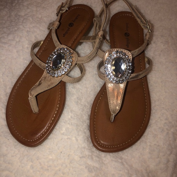 BRAND NEW LINDSAY PHILLIP SANDALS!